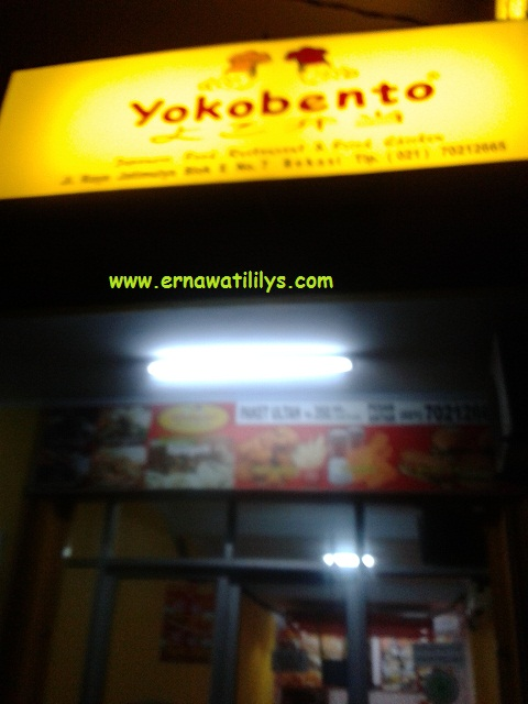 Yokobento Japanese Food Restaurant and fried Chicken di Bekasi