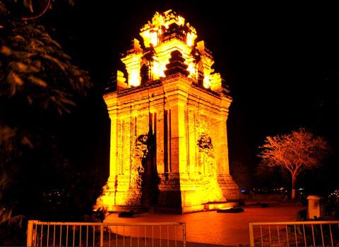 Dịch vụ cho thuê xe hợp đồng và du lịch tại Phú Yên - Núi Nhạn về đêm