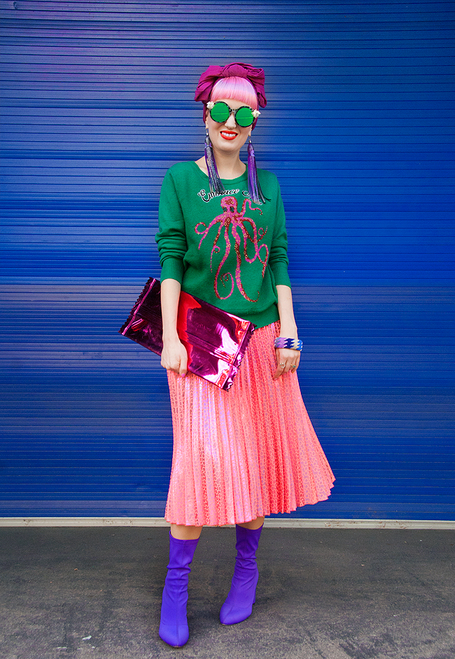 pleated skirt, street style, swiss fashion blogger