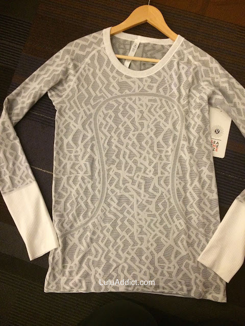 lululemon-2015-sea-wheeze-expo-merchandise swiftly-ls-white
