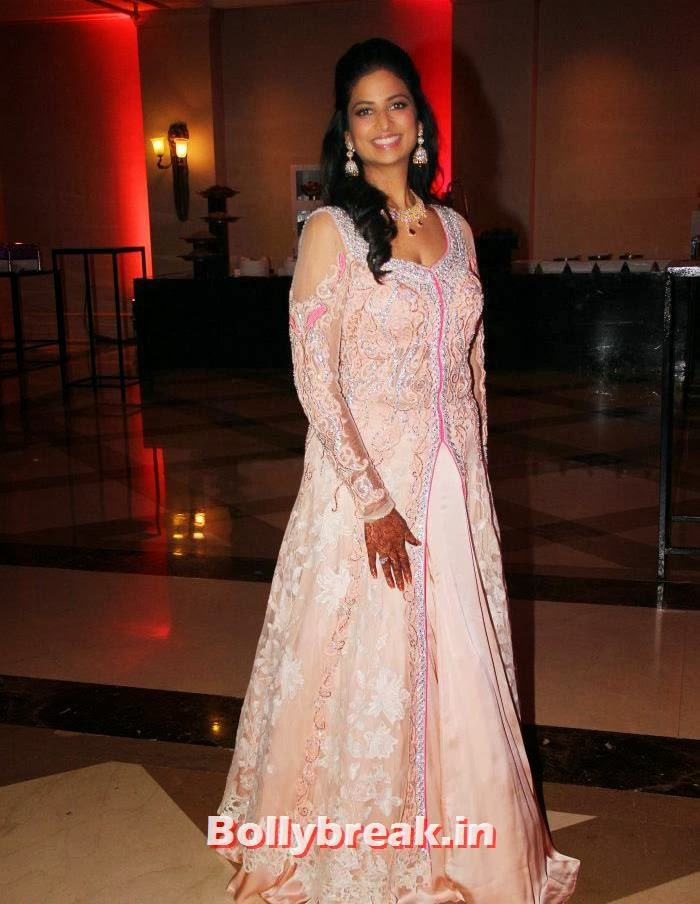 Neha Kannan, Siddharth Kannan & Neha Agarwal Wedding Reception Pics