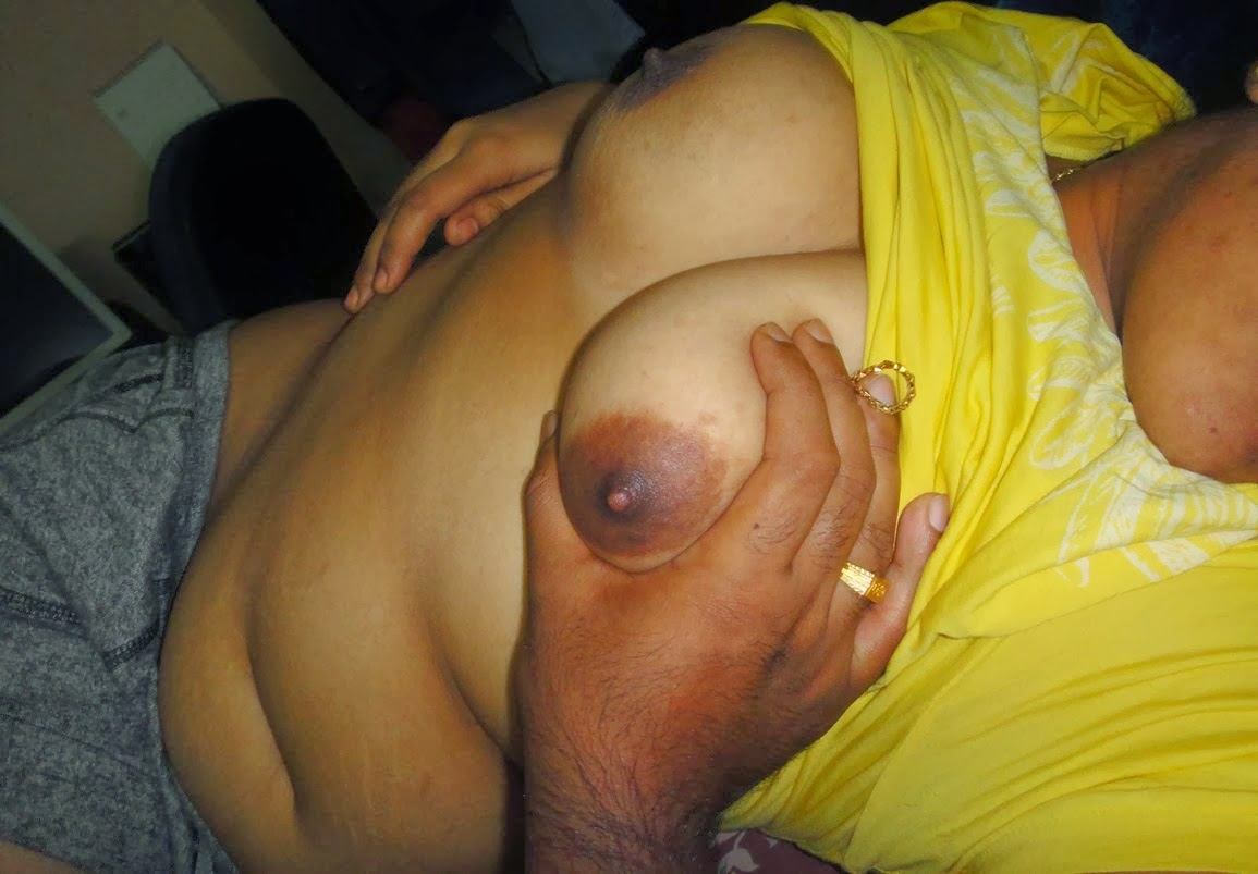 Desi aunties boobs private porn pics nude collection