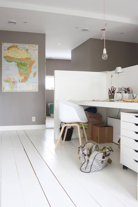 Safari Fusion blog | Map it | Vintage Africa Map in a funky Dutch home via decor8