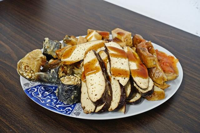 三和齋素食坊~三重素食、麻辣臭豆腐、古早好味道