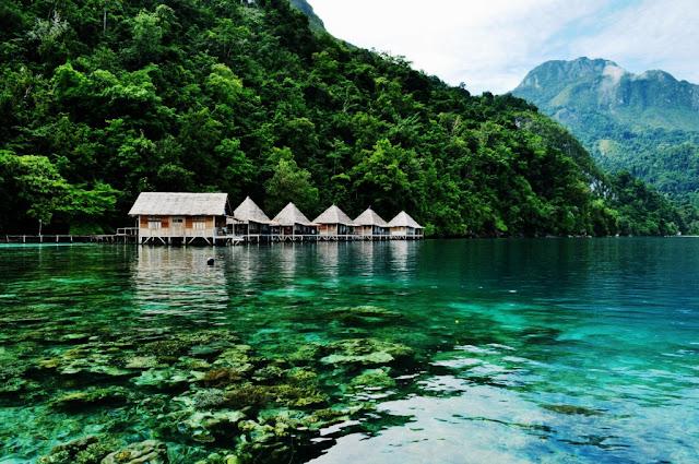5 Pantai Paling  Indah Yang Cocok Untuk Bulan Madu di Indonesia-Ora Maluku