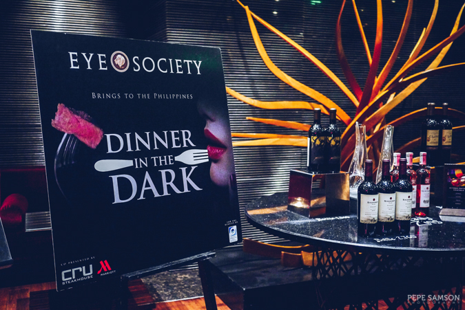 Dinner in the Dark: One of the Best Dining Experiences of 2016