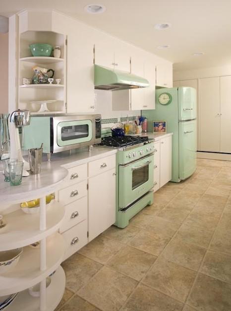 DIY Kitchen, Colorful Kitchens, Kitchen Ideas, Colorful Kitchen Ideas, DIY Home Decor, DIY Decor, DIY Crafts, Kitchen