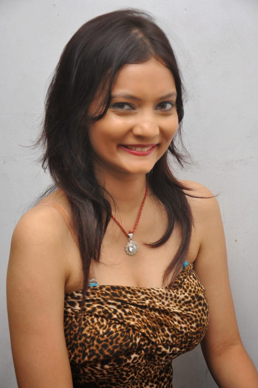 Actress Sanam Photos Stills @ Ambuli Audio Launch | New