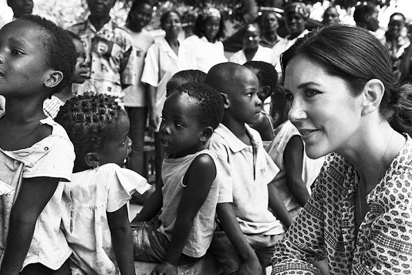 Crown Princess Mary gives reference to the words of a Syrian refugee in Zatari camp
