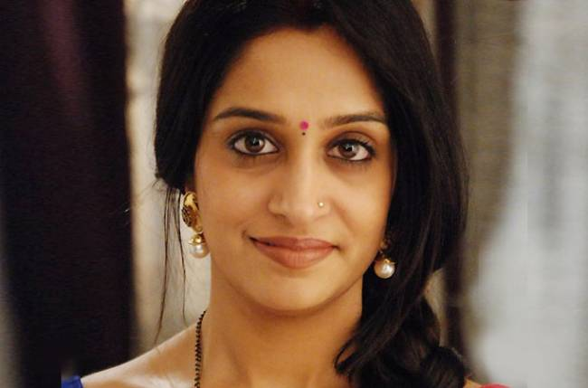 Why is Dipika Samson currently Dipika Kakar?