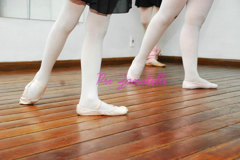 32781c4239 Pés de bailarina   dicas de cuidados - Arte e Estilo