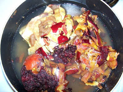 How to make mixed fruit jelly from fruit scraps. From Oak Hill Homestead