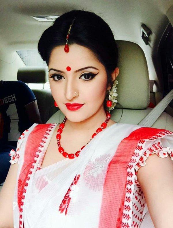 Bangladeshi Hot Actress Pori Moni Sexy Picture Collections -5159