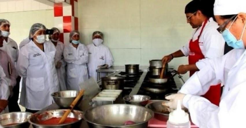 QALI WARMA: Cocineros profesionales enseñan a preparar platillos con productos del programa social - www.qaliwarma.gob.pe