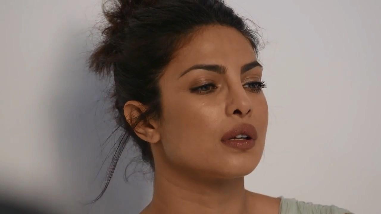 Priyanka Chopra Full Boob Show Photoshoot Bts New York -4298