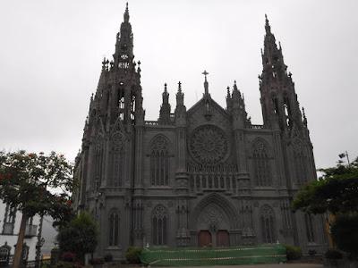 Arucas: Iglesia de San Juan Bautista