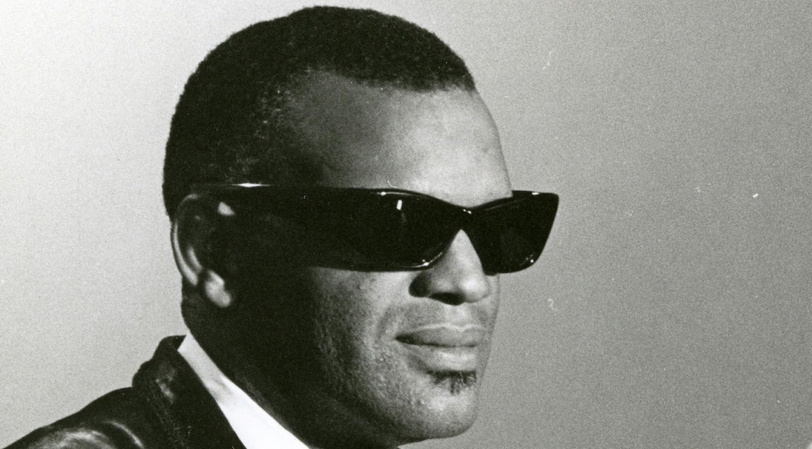 Qvc Masson Ray Charles Video Museum Ray Charles The Raelettes Playbacking