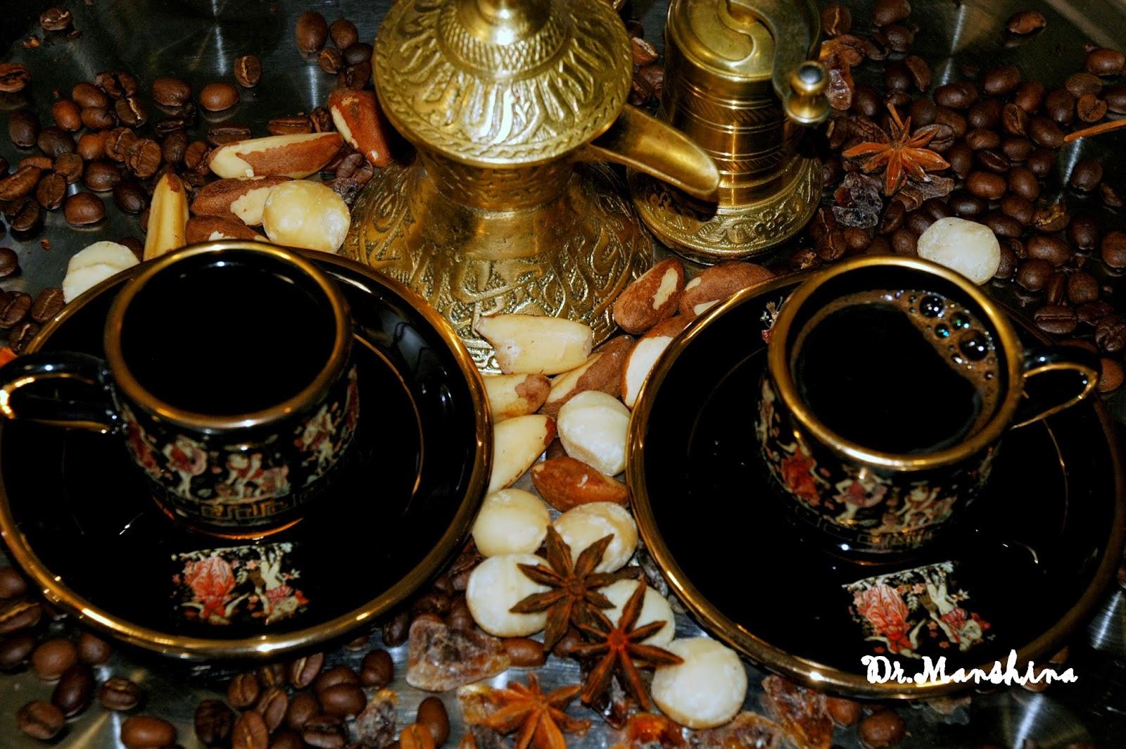 Три орешка для Золушки ~50-70 ккал. Этого достаточно, чтобы получить очень вкусное дополнение к чашке утреннего кофе, и к чаю  «5 o'clock».