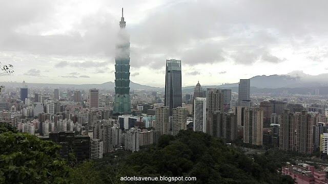 Travel Guide:   Things To Do in Taipei, Taiwan