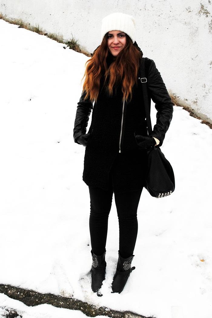 ciepły płaszcz ze skórzanymi rękawami