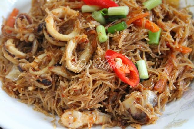 Mee Hoon Goreng Yang Sangatlah Sedap Nyer Azie Kitchen