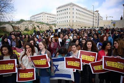 Israelenses protestam contra Netanyahu
