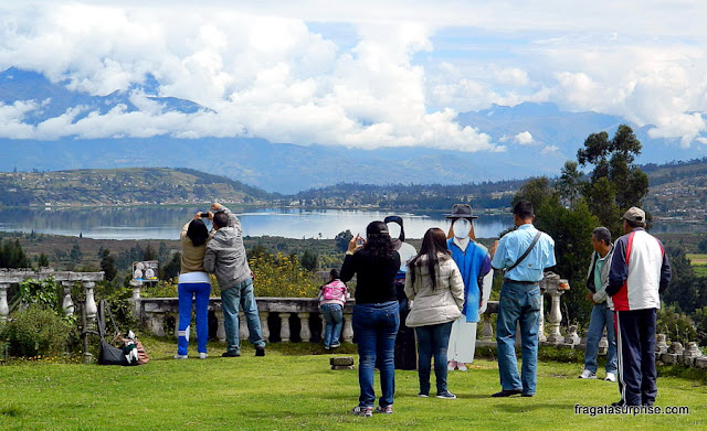 Mirante para o Lago Imbacocha ou Lago San Pablo, Equador