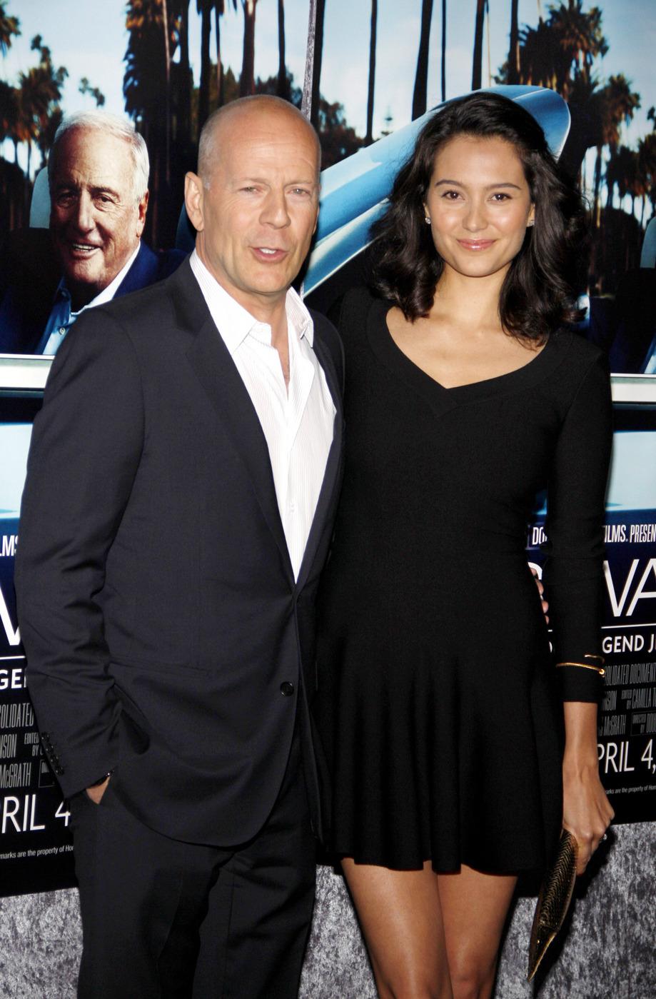 Bruce Willis With Wife Emma Hemming Latest Photographs ...