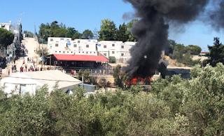 Σε σημείο «έκρηξης» Χίος και Μυτιλήνη – Επεισόδια μεταξύ μεταναστών και κατοίκων