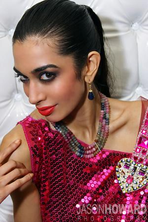 sexy mature women in farah