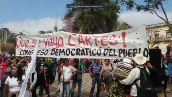 Campesinos de Paraguay exigen renuncia de Horacio Cartes