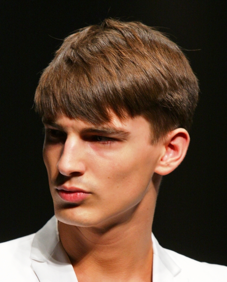 Side Swept Bangs Hairstyle For Men.
