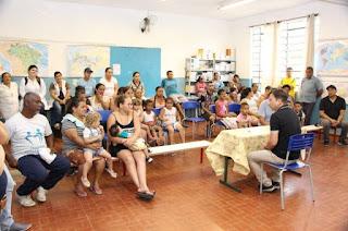 Projeto Prefeito no Bairro reúne moradores do Iporanga