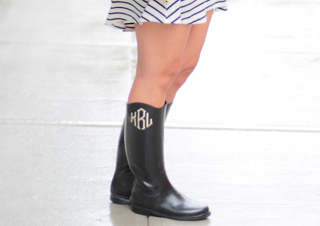 what to wear in the rain, rain boots, preppy rain boots, rainy day accessories
