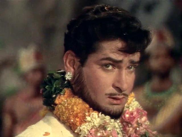 Rajkumar (1964) Full Movie [Hindi-DD5.1] 720p DVDRip ESubs Download