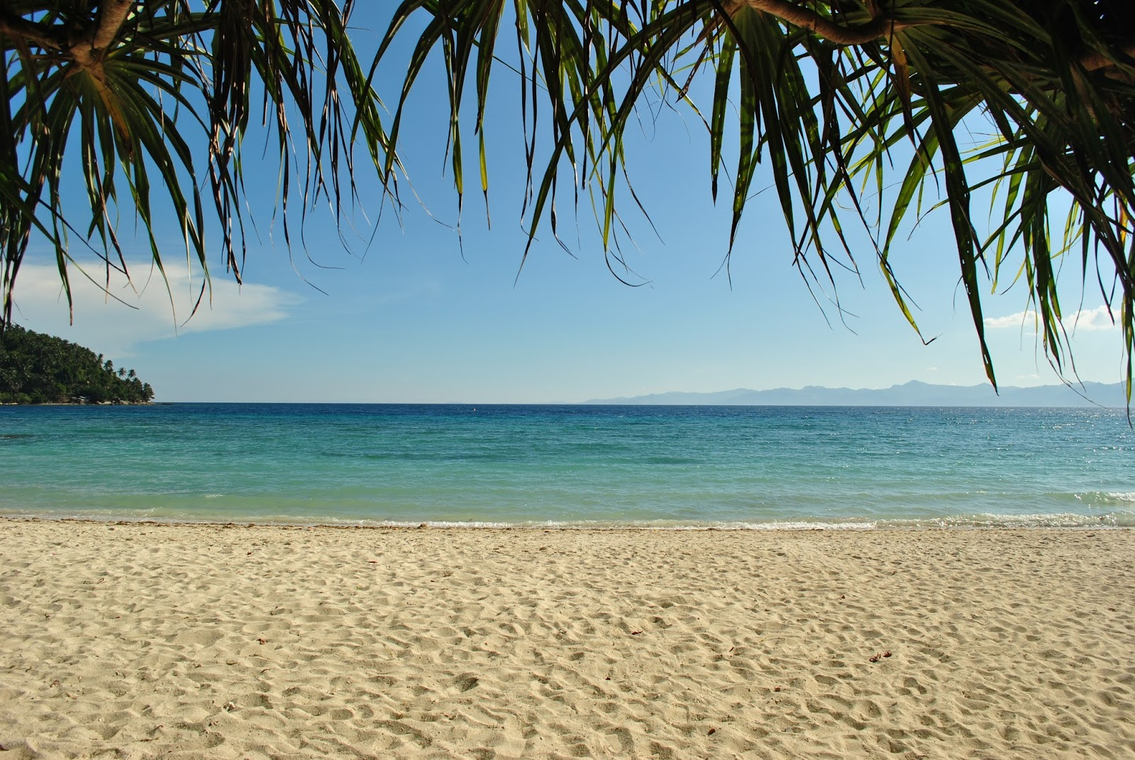 Backpacking Pilipinas Romblon Romblon Beaches As White
