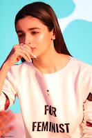 Alia Bhatt looks super cute in T Shirt   IMG 7769.JPG