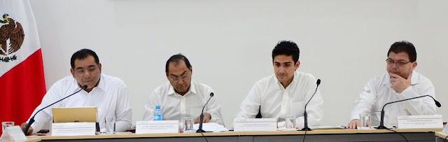 Comparecen los primeros seis secretarios en el Congreso local