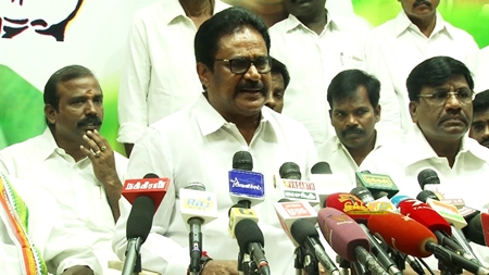 Rajini wants to remove present ADMK govt Congress leader S Thirunavukkarasar