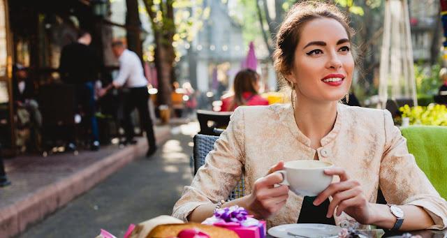 Γιατί οι γυναίκες δεν ενδιαφέρονται πλέον τόσο πολύ για το γάμο - Τι άλλαξε τα δεδομένα