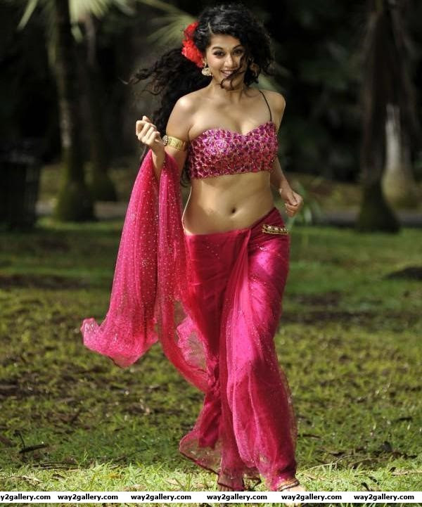 Tollwood Heroines Spicy Saree Pics new  hot and spicy pictures