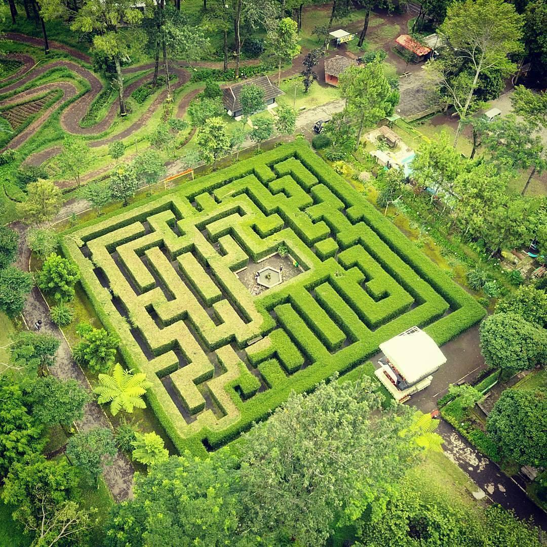 Taman Labirin Coban Rondo | Photo Kota Malang,Wisata, Kuliner ... on