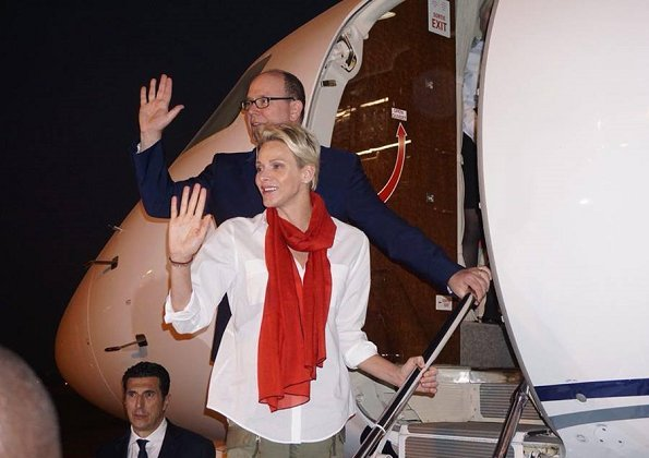 Prince Albert II and Princess Charlene came to Ouagadougou Airport and to return to Monaco