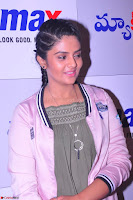 Sree Mukhi at Meet and Greet Session at Max Store, Banjara Hills, Hyderabad (29).JPG
