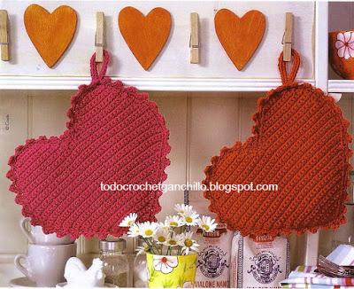 Agarradera crochet con forma de corazon