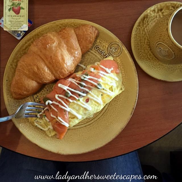 omelet in Cafe France