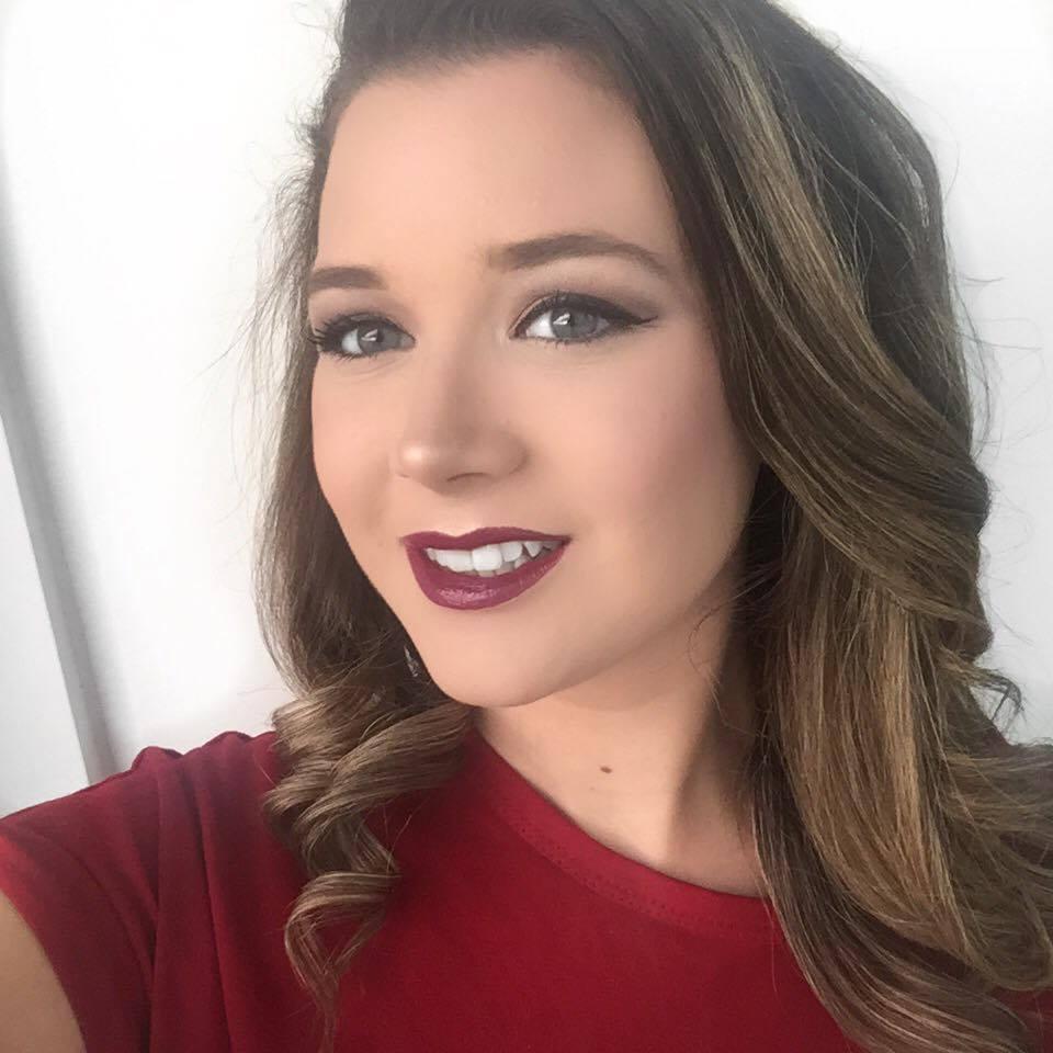 Review | MAC Lipstick: Plumful | Emma Jayne