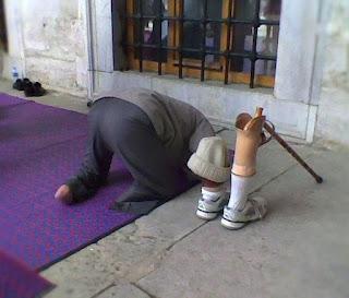 anjuran menyegerakan shalat Qadha