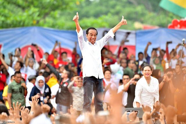 Imbau Coblos Baju Putih, Jokowi: Jas Itu Pakaian Orang Amerika