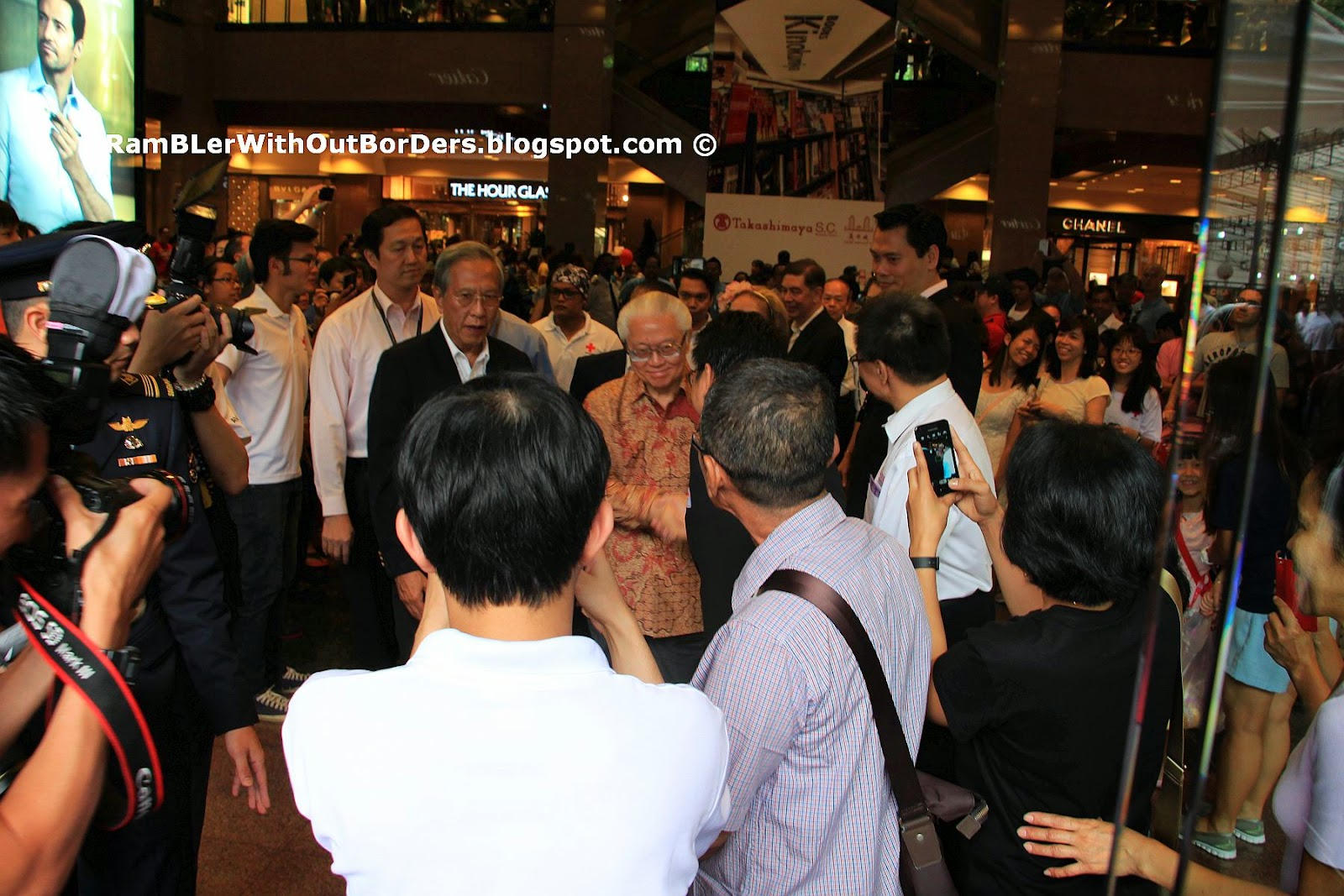 President of Singapore, Star Wars characters Reception, Singapore International Red Cross Bazaar 2015